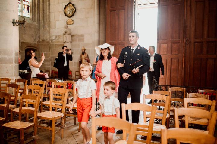 Entrée des mariés à l'église de Clamecy