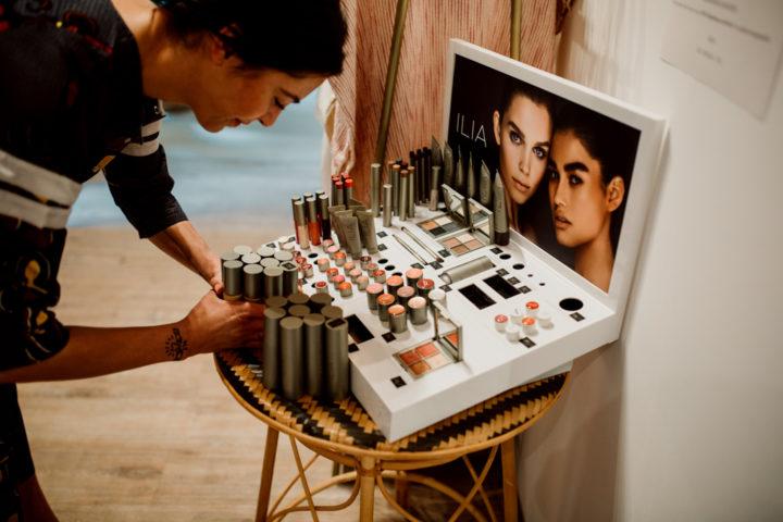 Choix du maquillage Maison La Superbe